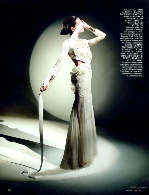 Съемка: Саския де Брау для британского Vogue. Изображение № 7.