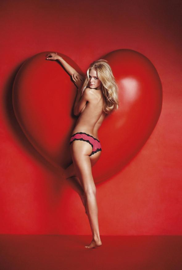 Изображение 2. Рекламная кампания Victorias Secret: День святого Валентина.. Изображение № 2.