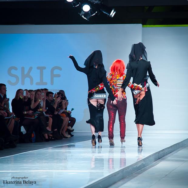 Fashion-перфоманс от SKIF Fashion. AURORA FASHION WEEK Russia SS13. Изображение № 7.