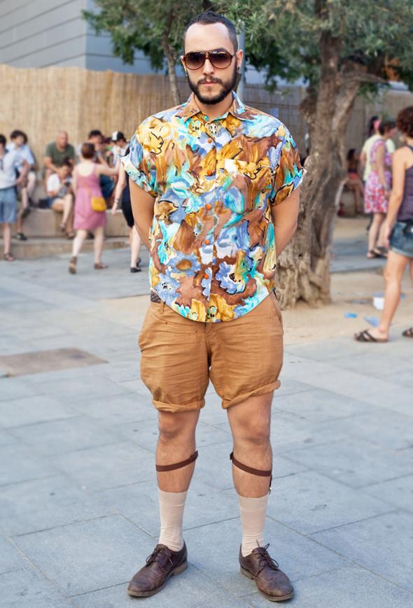 Пестрые рубашки и темные очки: Посетители фестиваля Sonar 2012. Изображение № 22.