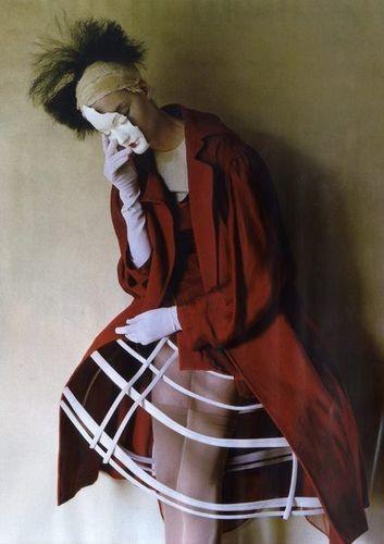 Съёмка: Тим Уокер для итальянского Vogue. Изображение № 2.