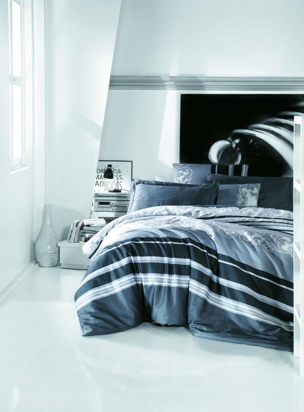 ТОП 10 темных комплектов постельного белья. Изображение № 5.