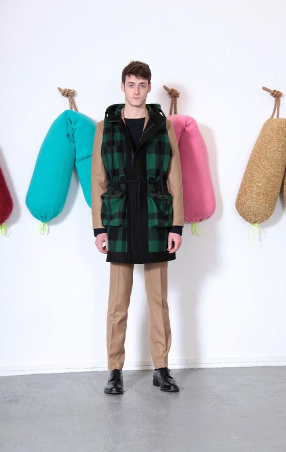 Изображение 6. Мужские лукбуки: Bally, Dolce & Gabbana, Supreme и другие.. Изображение № 6.