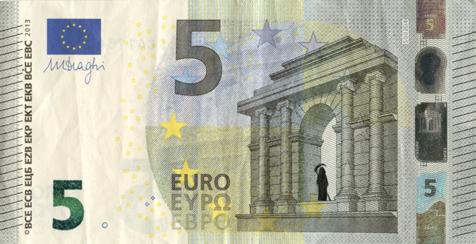 Художник в знак протеста изрисовал банкноты на 3555 евро. Изображение № 17.