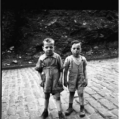 Жизнь в забвении: Фотографы, которые прославились после смерти. Изображение №194.