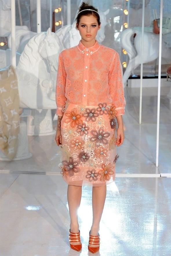 Неделя моды в Париже: Louis Vuitton весна 2012. Изображение № 34.