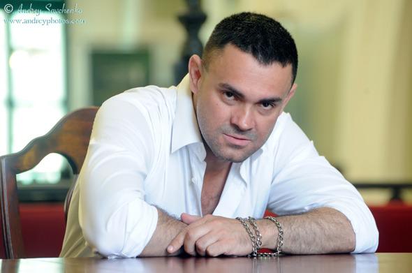 Сергей Арутюнов: «Впервые поэт в России — никто…». Изображение № 1.