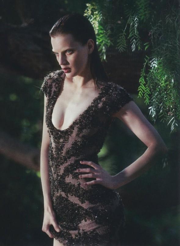 5 новых съемок: Elle, Harper's Bazaar, Numero и Vogue. Изображение № 25.