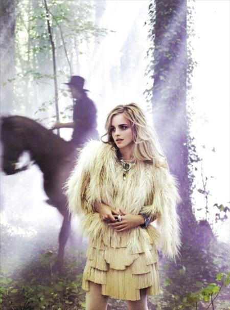 Эмма Уотсон (итальянский Vogue, сентябрь 2008). Изображение № 3.
