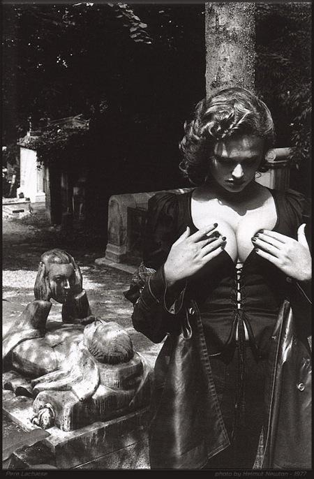 Helmut Newton-гурман женской плоти. Изображение № 34.