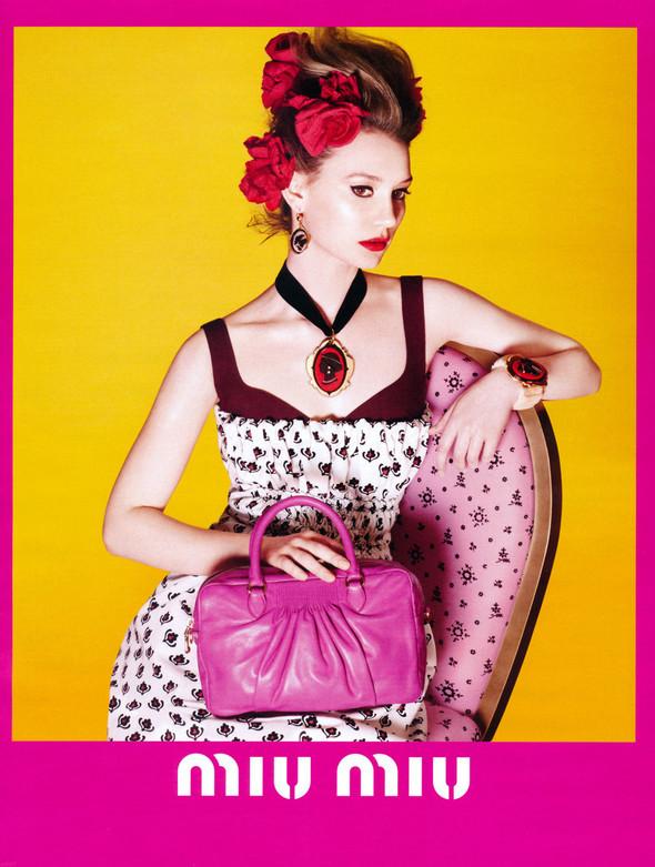 Превью кампаний: Лара Стоун для Calvin Klein и Миа Васиковска для Miu Miu. Изображение № 3.