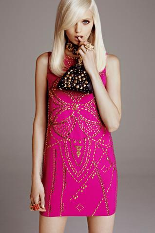 Появились полный каталог, лукбук и цены на коллекцию Versace для H&M. Изображение № 3.