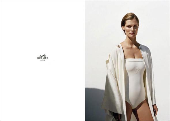 Превью кампаний: Armani Exchange, Hermes и Jil Sander Navy. Изображение № 5.