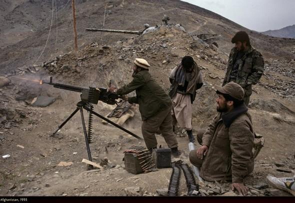 Война через объектив камеры Стива МакКарри. Изображение № 27.