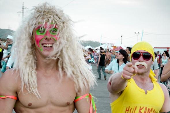 Фестиваль Benicassim в Барселоне: Ночные танцы, дни на пляже и алко-маршрут Хемингуэя. Изображение № 18.