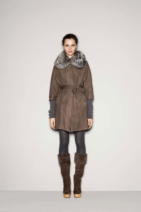 Лукбук: Dolce & Gabbana FW 2011 Women's. Изображение № 48.