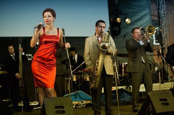 Изображение 2. Возрождение коллектива: St.Petersburg Ska-Jazz Review.. Изображение № 1.