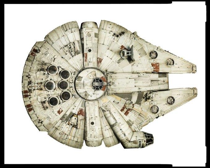 Wired сфотографировал реквизит из «Звёздных войн» . Изображение № 13.