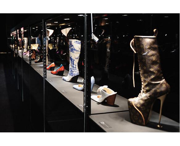 Изображение 12. В «Цветном» пройдет выставка Vivienne Westwood.. Изображение № 4.