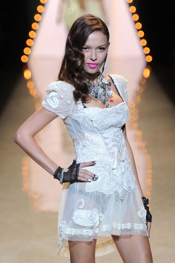 New York Fashion Week: Betsey Johnson Spring 2012. Изображение № 5.