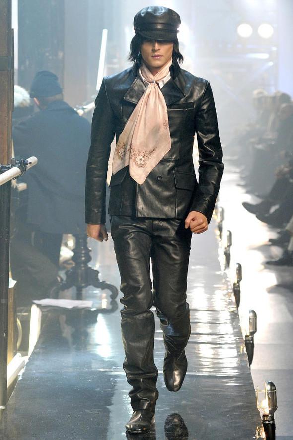 Джон Гальяно/ Осень-зима 2011/ Неделя моды в Париже. Изображение № 6.