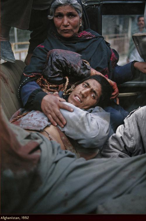 Война через объектив камеры Стива МакКарри. Изображение № 22.