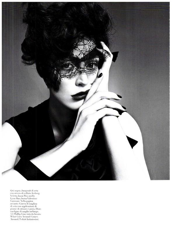 Съёмка: Ракель Зиммерманн для Vogue. Изображение № 17.