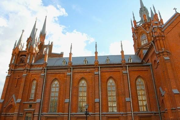 Католический собор в Москве. Изображение № 5.