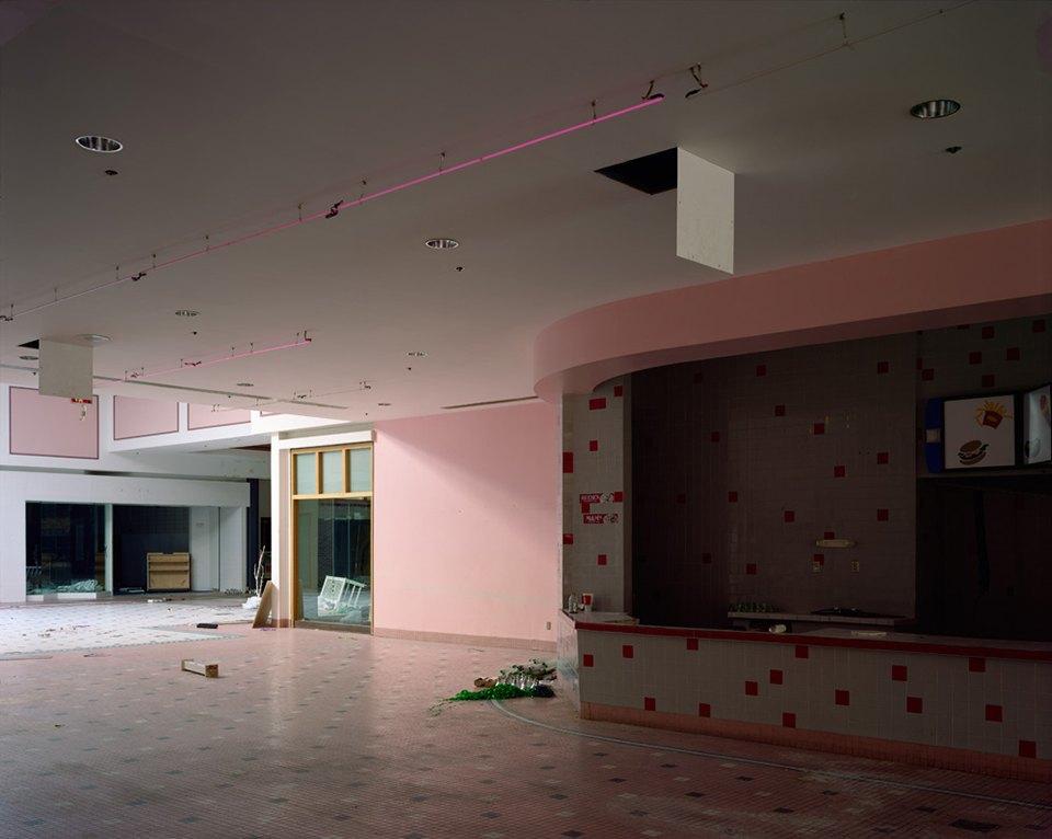 Фото: заброшенные магазины и торговые центры. Изображение № 17.