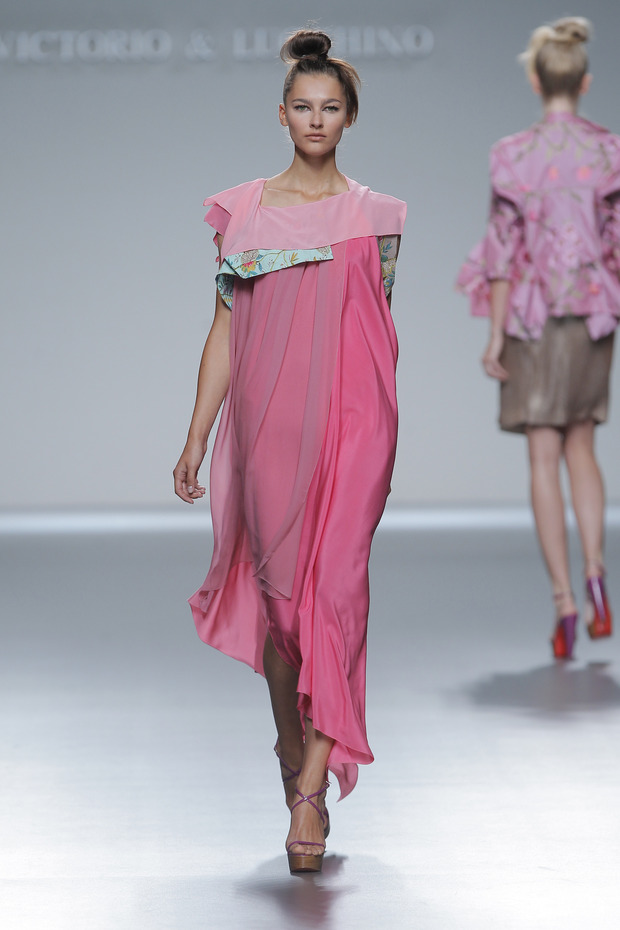 Madrid Fashion Week SS 2013: VICTORIO & LUCCHINO. Изображение № 11.