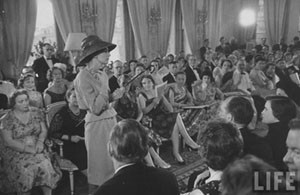 Dior in Moscow, 1959 год. Изображение № 2.
