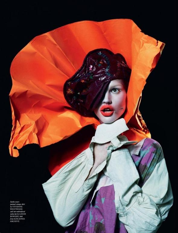 Стоп-кадр: Новые съемки Love, Russh, Vogue и V. Изображение № 2.