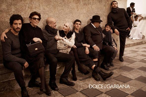 Кампании: Balenciaga, Celine, Dolce & Gabbana и другие. Изображение № 27.