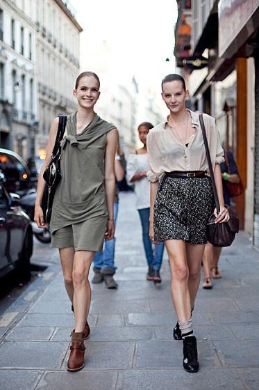 Уличный стиль на Неделе высокой моды в Париже. Изображение № 41.