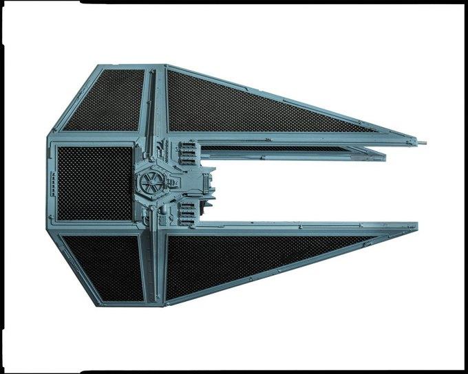 Wired сфотографировал реквизит из «Звёздных войн» . Изображение № 2.