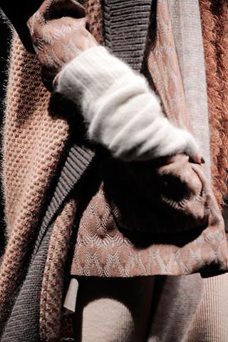 Голыми пальцами. Изображение № 7.
