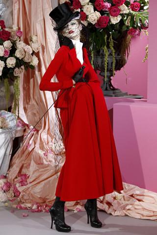 Неделя моды в Париже: Haute Couture. Изображение № 7.