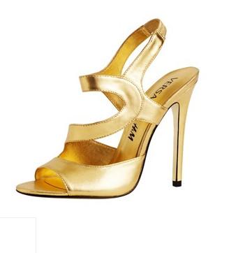 Лукбук: Круизная коллекция Versace для H&M. Изображение № 34.