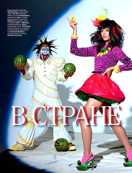 Алана Циммер и Кристал Рэн для Vogue Russia. Изображение № 6.