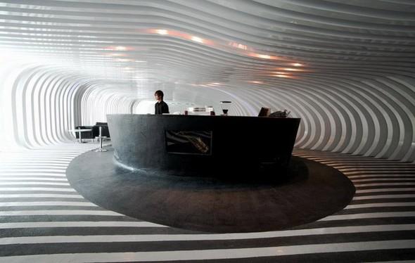 Под стойку: 15 лучших интерьеров баров в 2011 году. Изображение № 67.