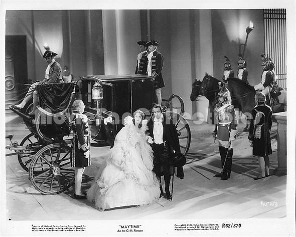 Maytime (1937) / Robert Z. Leonard / Jeanette MacDonald, Nelson Eddy and John Barrymore. Изображение № 27.