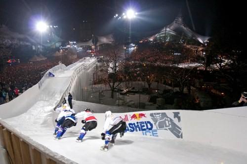 Самые отчаянные конькобежцы мира снова на льду. Изображение № 3.