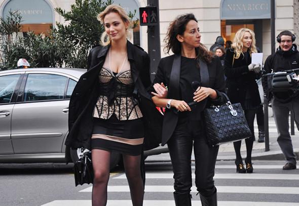 Луки с Недели моды в Париже. Изображение № 41.