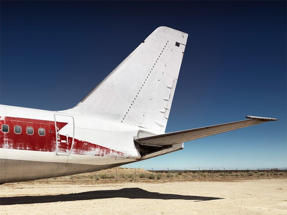 Кладбище самолётов  в выжженной пустыне . Изображение № 13.