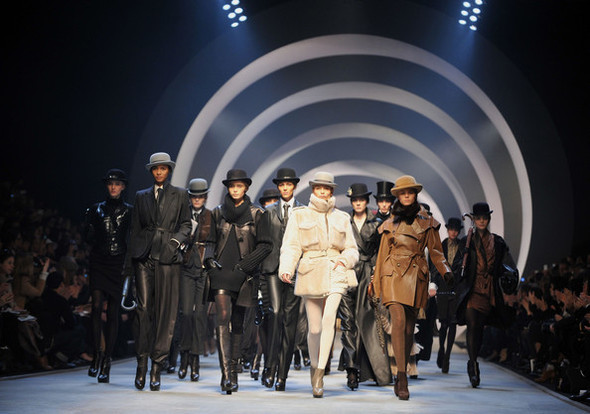 Jean Paul Gaultier for Hermes (fall-winter 2010). Изображение № 34.