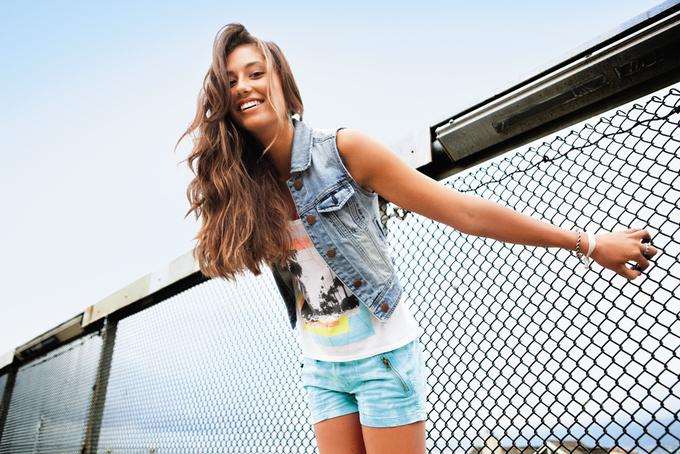 Chanel, Trends Brands и Urban Outfitters показали новые лукбуки. Изображение № 54.
