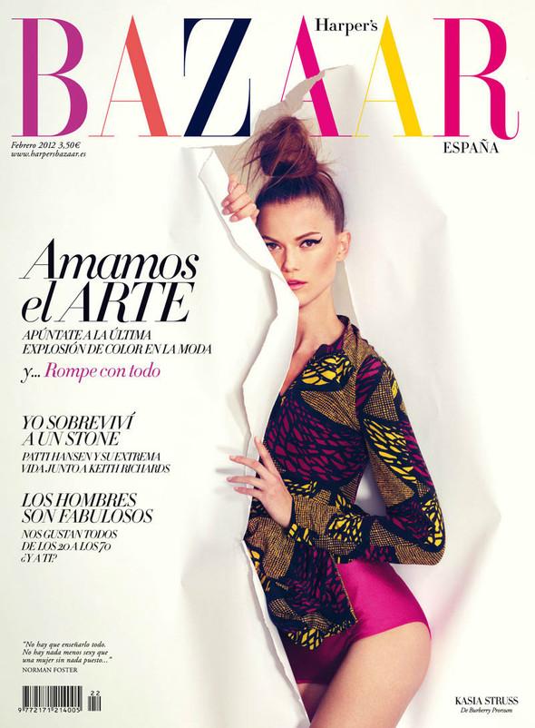 Обложки: Российский Vogue и испанский Harpers Bazaar. Изображение № 2.