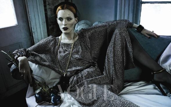 Съёмка: Карен Элсон для Vogue. Изображение № 1.