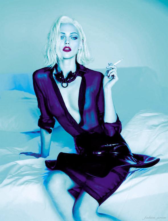 Съёмка: Аня Рубик и Саша Пивоварова для Vogue. Изображение № 9.