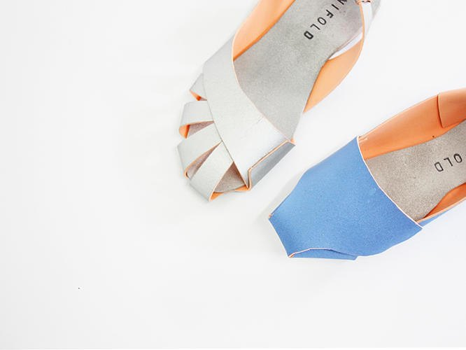 Китайский дизайнер представил складную обувь-оригами. Изображение № 1.
